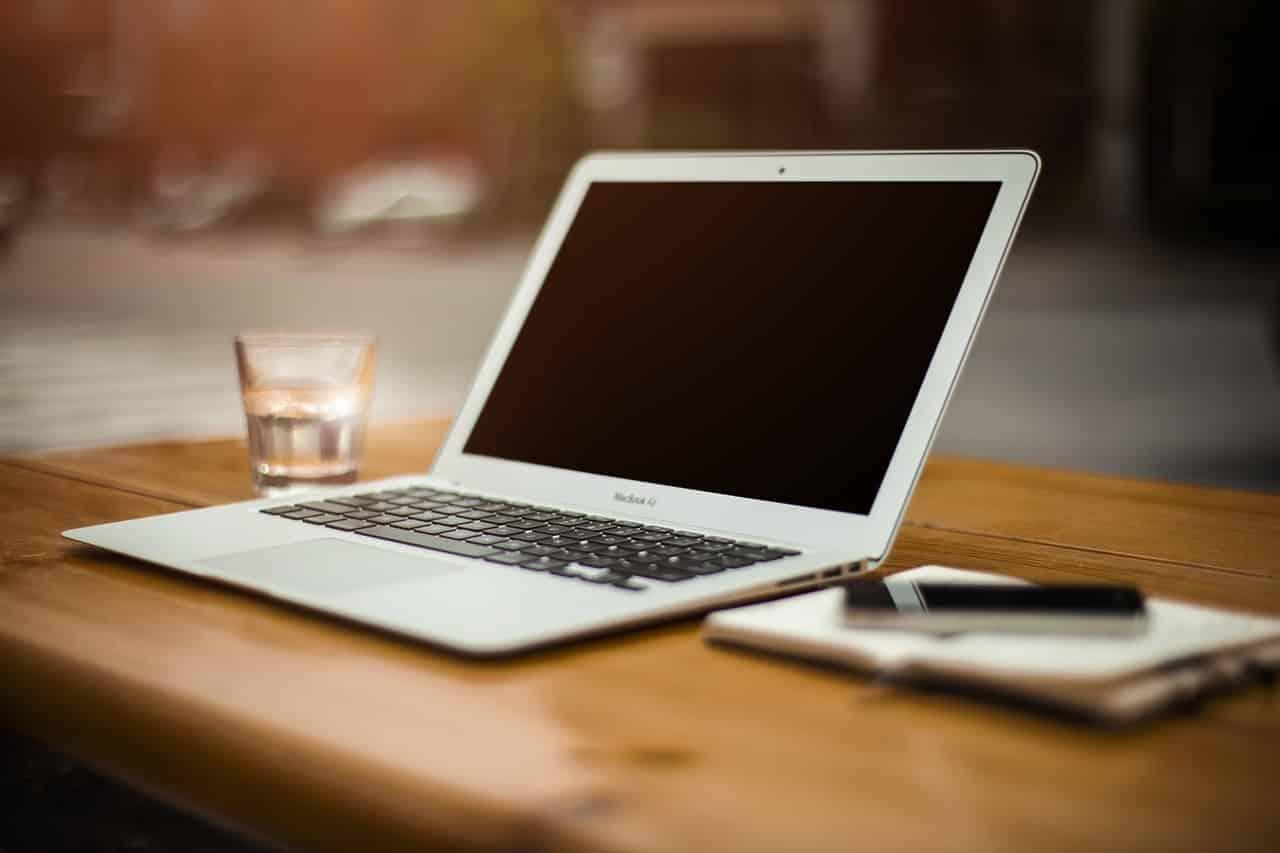 MBA Fernstudium - Laptop im MBA Fernstudium