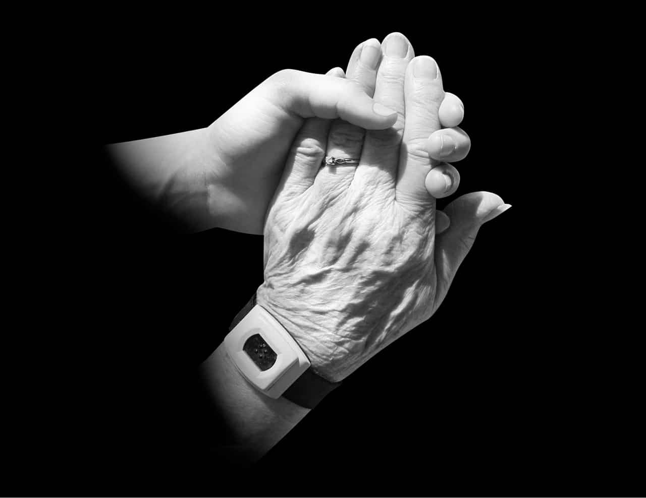 Pflegemanagement Fernstudium - Personalverantwortung Hände Griff