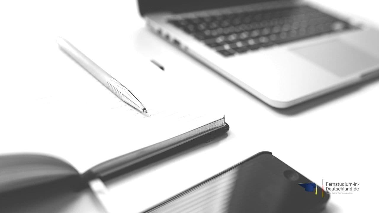 Fernstudium Finance Bachelor online