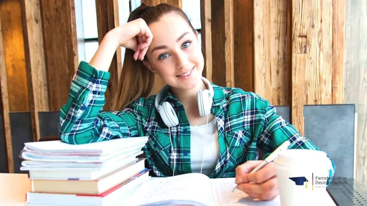 Fernstudium Steuern Bachelorarbeit Thesis