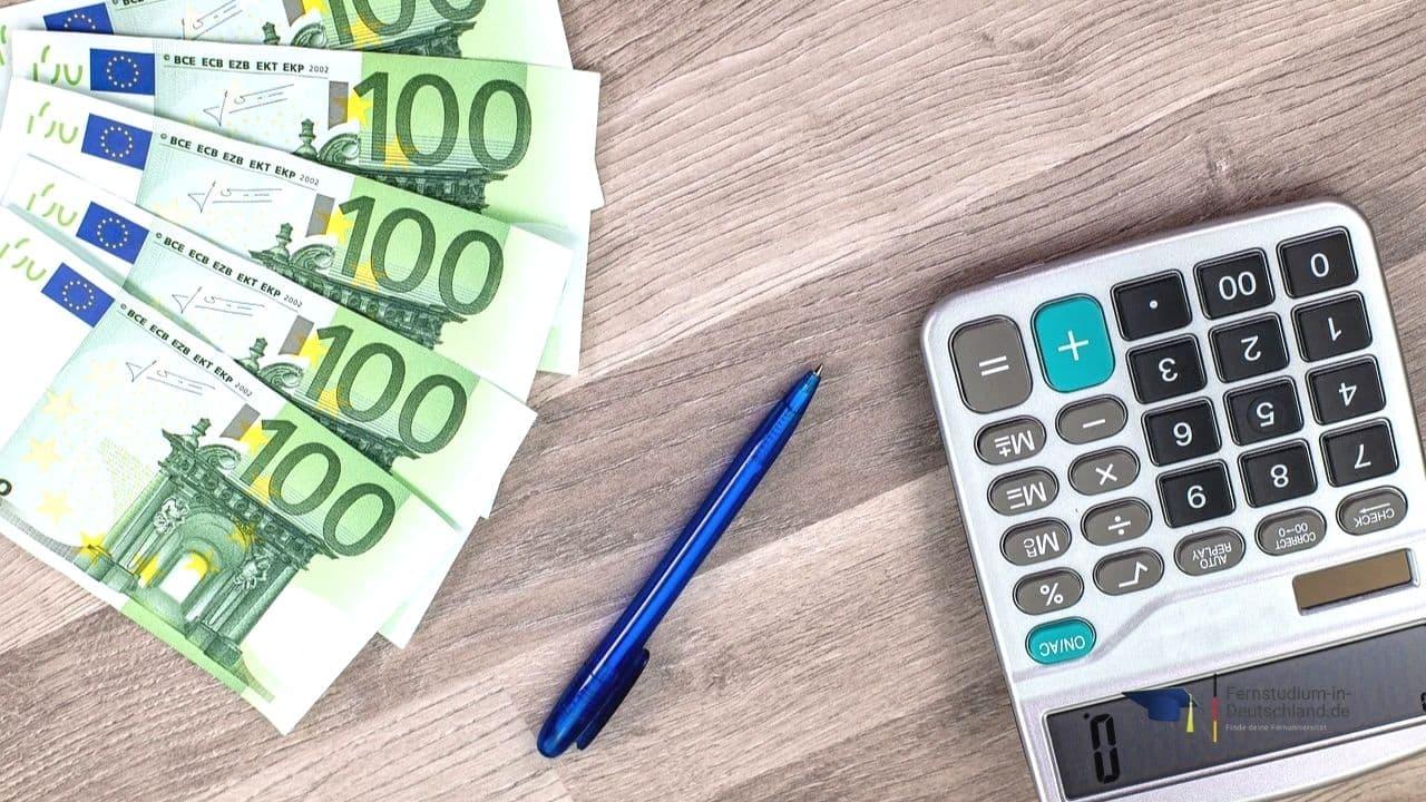 Finanzierung Studienkredit Fernstudium Online Marketing Bachelor